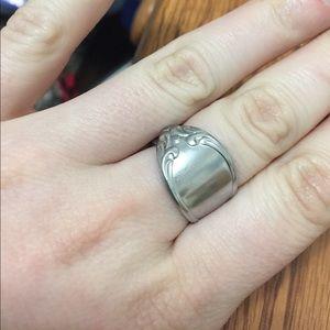 Stainless steel spoon ring